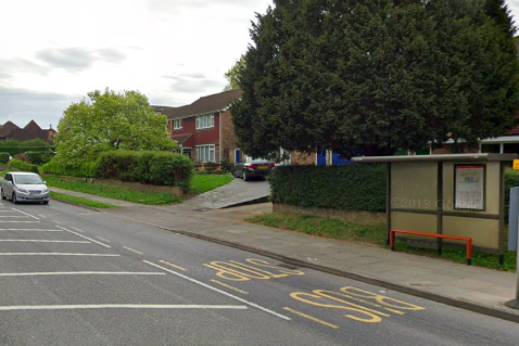 manhunt-after-suspect-'attempted-to-abduct'-two-11-year-old-schoolgirls-near-orpington-bus-stop