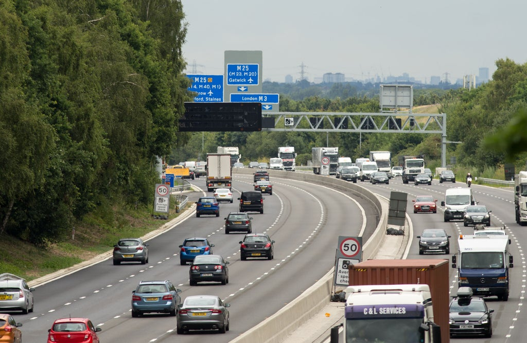 most-drivers-want-hard-shoulders-reinstated-on-smart-motorways-–-survey
