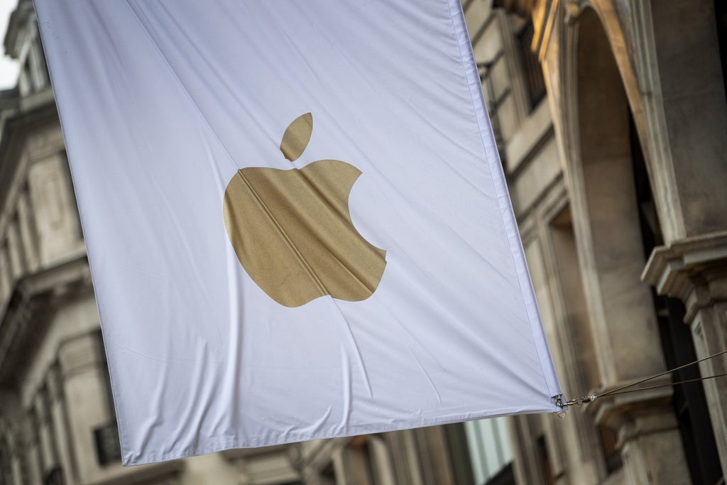 market-report:-apple-launch-fails-to-wow-investors-fishing-for-chips